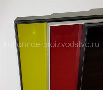 Мебельные фасады в алюминиевой рамке со стеклом
