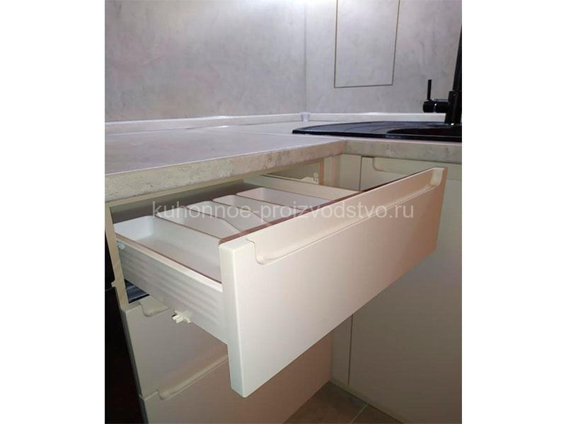 Бежевая кухня пленка ПВХ с интегрированными ручками