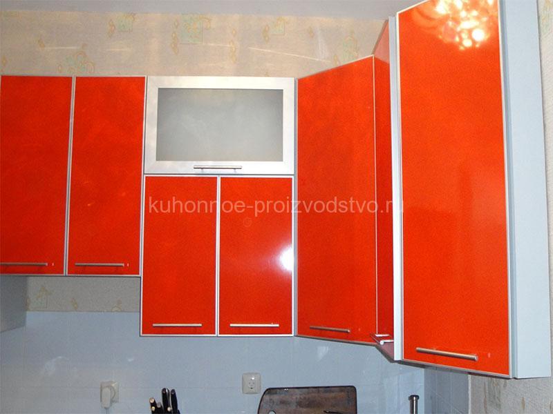 Кухня пластик ARPA в алюминиевой рамке оранжевая