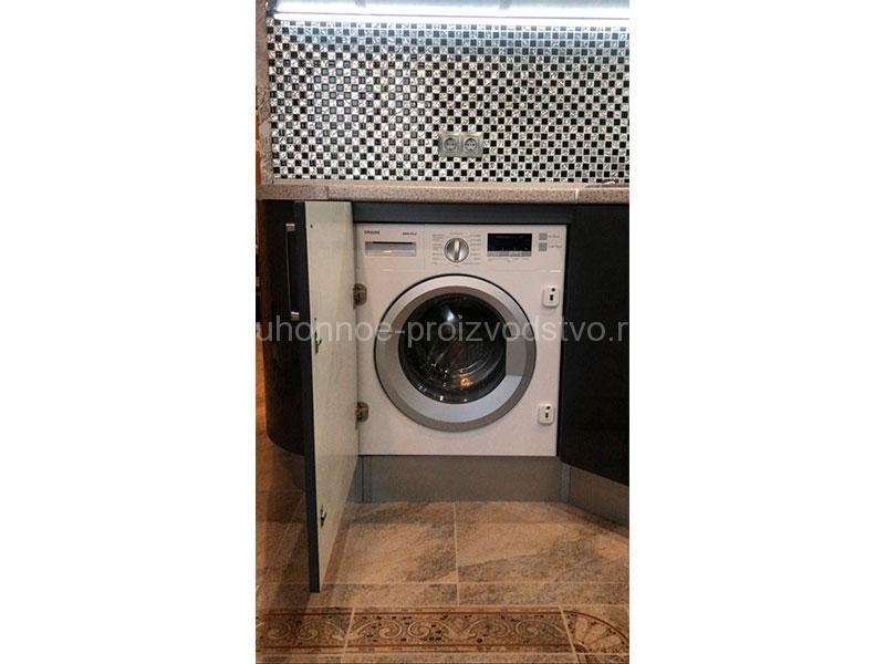 Угловые кухни со встраиваемой стиральной машинкой